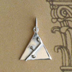 Triangle Argent PLEIN + TUBALQUIN Z46