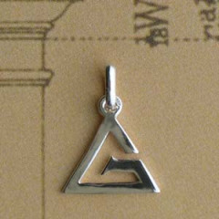 G Argent EN Triangle PM Z19